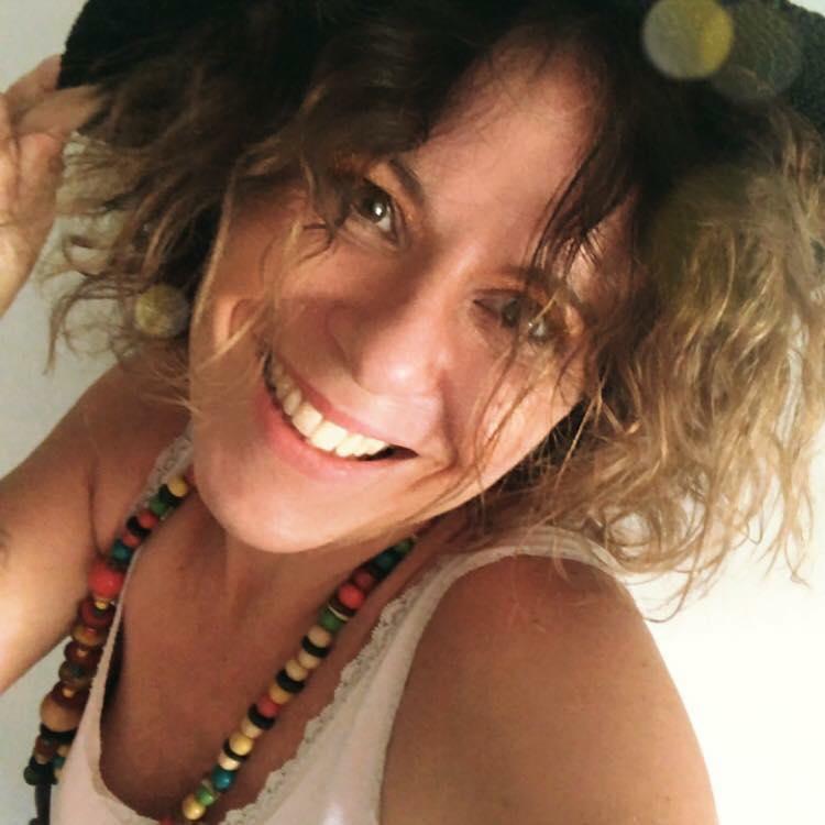 Eva Colella Indipendent Partner inCruises